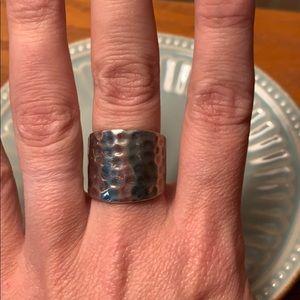 Premier designs Hammered ring size 7